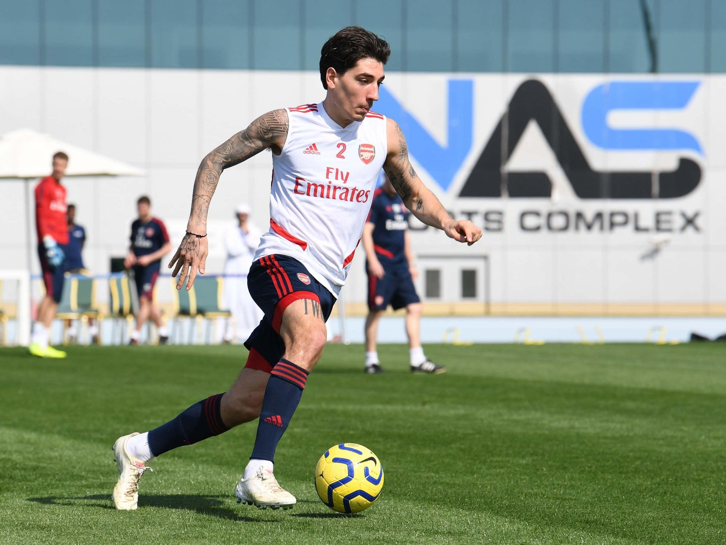 آرسنال/مدافع راست اسپانیایی