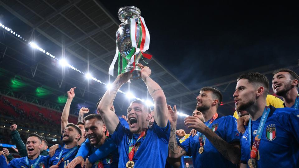 تورینو/مهاجم ایتالیایی/Torino/Italian striker